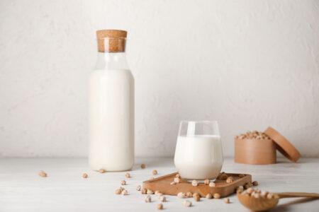 Chickpea drinks: new alternatives to milk?